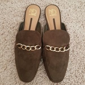Brand new, never worn ladies Mule